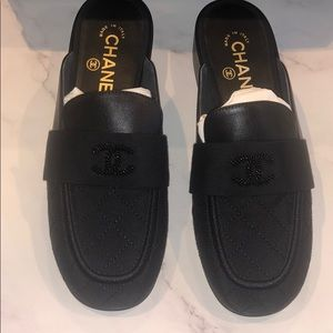 Chanel slipon loafer 36.5